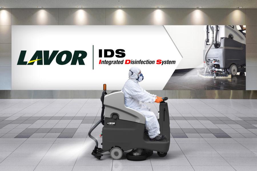 Fregadora con sistema de desinfección de Lavor
